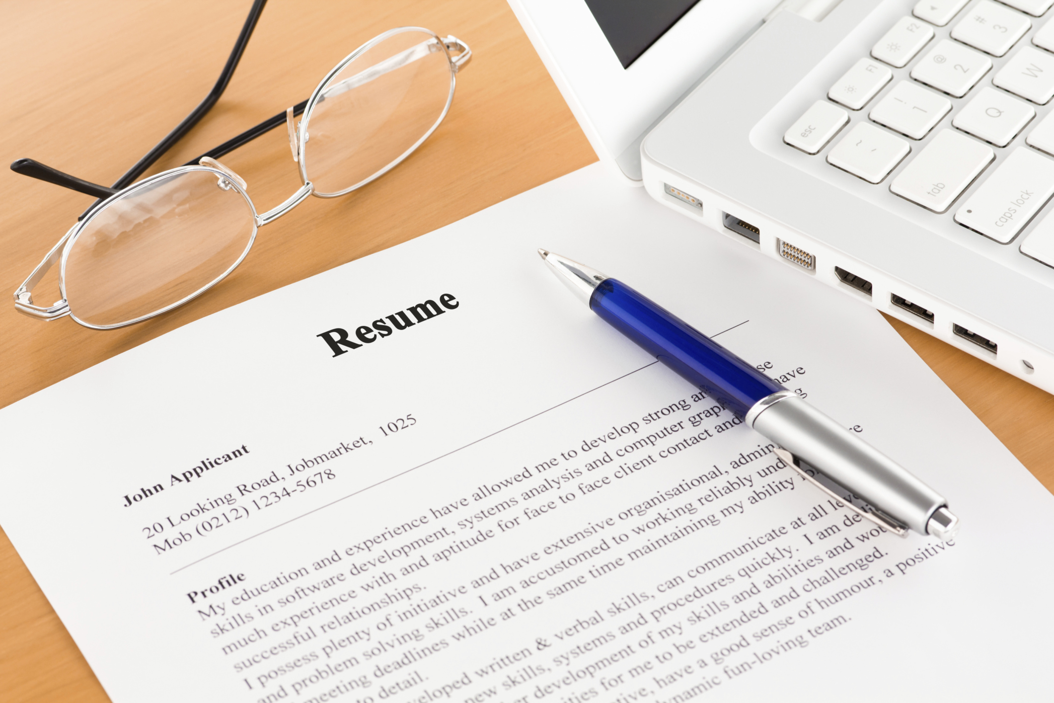 How should your resume differ from your LinkedIn Profile?